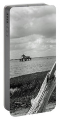 Chincoteague Oystershack Bw Vertical Portable Battery Charger