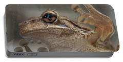 Cuban Treefrog Portable Battery Charger