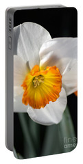 Daffodil In White Portable Battery Charger
