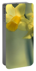 Daffy-down-dilly  Portable Battery Charger