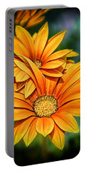 Daisy Blend Portable Battery Charger
