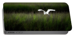 Portable Battery Charger featuring the photograph Egret At Pawleys Island by Frank Bright