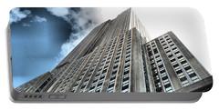 Empire State Building - Vertigo In Reverse Portable Battery Charger