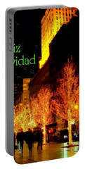 Feliz Navidad - Merry Christmas In New York - Trees And Star Holiday And Christmas Card Portable Battery Charger