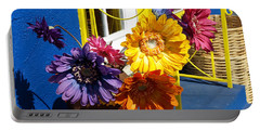Flores Colores Portable Battery Charger
