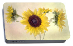 Portable Battery Charger featuring the photograph Hello Sunshine by Louise Kumpf