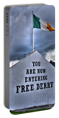 Free Derry Wall Portable Battery Charger