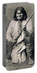Geronimo - 1886 Portable Battery Charger