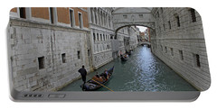 Gondolas Under Bridge Of Sighs Portable Battery Charger