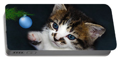 Gorgeous Christmas Kitten Portable Battery Charger