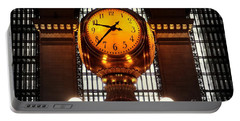 Grand Old Clock At Grand Central Station - Front Portable Battery Charger