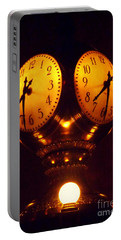 Grand Old Clock - Grand Central Station New York Portable Battery Charger
