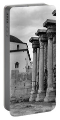Grecian Columns Bw Portable Battery Charger