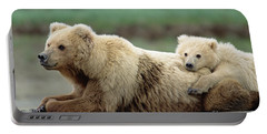 Grizzly Mother And Son Portable Battery Charger