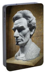 Portable Battery Charger featuring the photograph Lincoln Memorial Sculpt by Glenn McCarthy