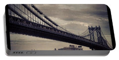 Manhattan Bridge In Ny Portable Battery Charger