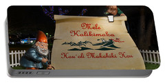 Mele Kalikimaka Sign And Elves Portable Battery Charger