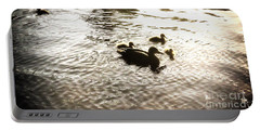 Mumma Duck And Ducklings Portable Battery Charger