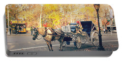 New York City - Horse And Carriage - Autumn Portable Battery Charger
