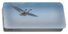 Trumpeter Swan Tandem Flight I Portable Battery Charger