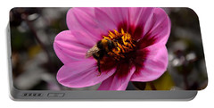 Nosy Bumble Bee Portable Battery Charger