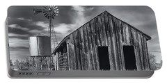 Old Barn No Wind Portable Battery Charger