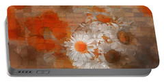 Pot Of Daisies 02 - J33027100rgn1c Portable Battery Charger