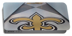 Saints Are Coming - Benson Towers - New Orleans La Portable Battery Charger