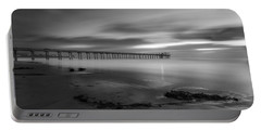Scripps Pier Twilight - Black And White Portable Battery Charger