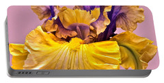 Spectacular Iris Close Up Portable Battery Charger