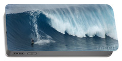 Surfing Jaws 5 Portable Battery Charger
