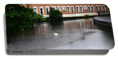 Swan In Dublin Portable Battery Charger