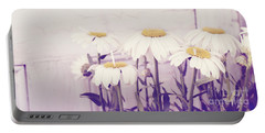 White Daisy Mums Portable Battery Charger