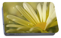 Portable Battery Charger featuring the photograph Yellow Daisy by Ann Lauwers