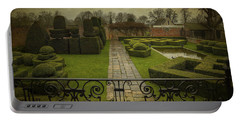 Avebury Manor Topiary Portable Battery Charger
