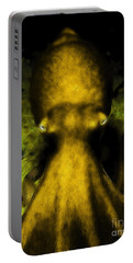 Creatures Of The Deep - The Octopus - V4 - Gold Portable Battery Charger