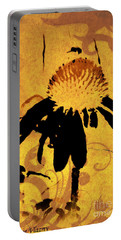 Grunge  Daisy Art Portable Battery Charger