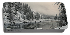 Orofino Snow Clearwater River Portable Battery Charger