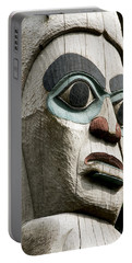 Totem Close Up Portable Battery Charger