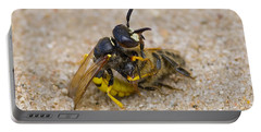 Beewolf With Bee Portable Battery Charger