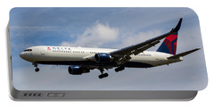 Delta Airlines Boeing 767 Portable Battery Charger