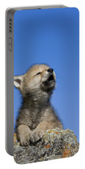 Howling Wolf Cub Portable Battery Charger