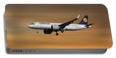 Lufthansa Airbus A320-271n Portable Battery Charger
