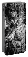 Bodypainting Portable Battery Charger