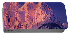 1m4503-a Three Peaks Of Mt. Index At Sunrise Portable Battery Charger