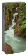 1m8115 Avalanche Gorge Mt Portable Battery Charger