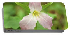 Large-flowered Trillium Portable Battery Charger