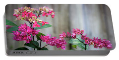 Bleeding Heart Flowers Clerodendrum Painted  Portable Battery Charger