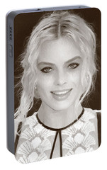 Actress Margot Robbie Portable Battery Charger by Best Actors