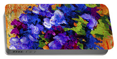 Abstract Boquet 3 Portable Battery Charger